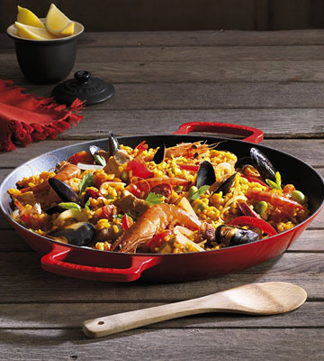 Review of Le Creuset Cast Iron Paella Pan