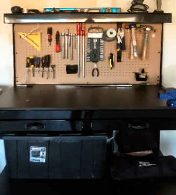 Review of Olympia Tools 82-802 Multi-Purpose Workbench With Light