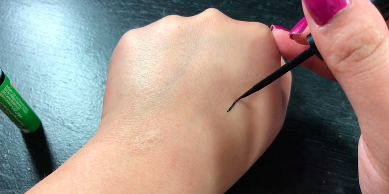 Review of theBalm Schwing Liquid Eyeliner