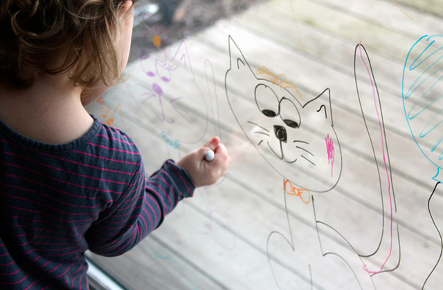 Best Window Markers for a Variety of Fun Activities