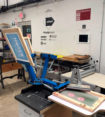 Review of VEVOR 21.7 x 17.7 Screen Printing Machine