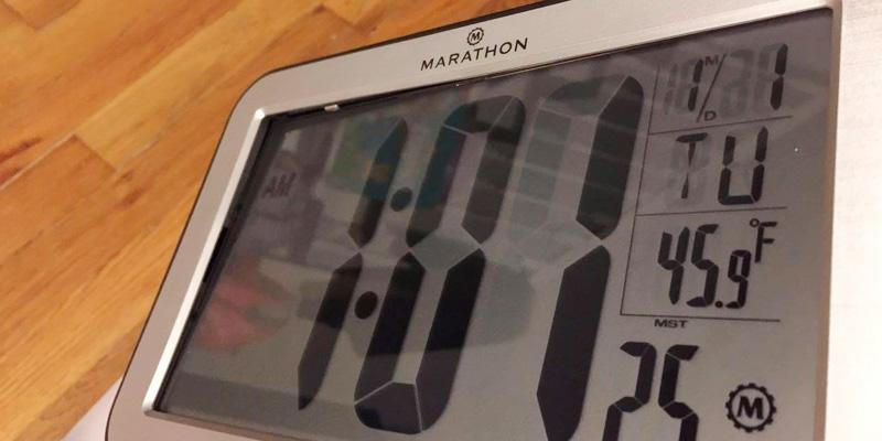 Review of Marathon Atomic Self-setting Self-adjusting Clock