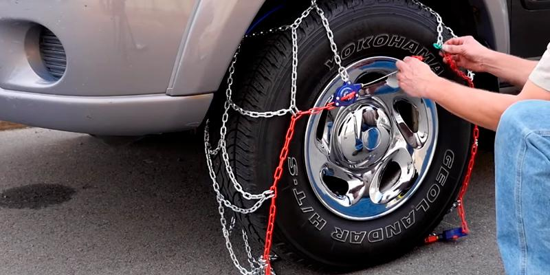 Peerless Auto-Trac Light Tire Chain in the use