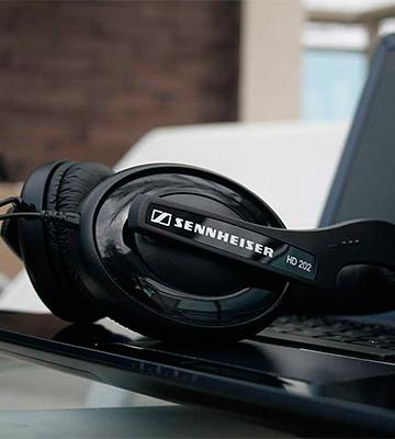 Review of Sennheiser HD 202 II Professional