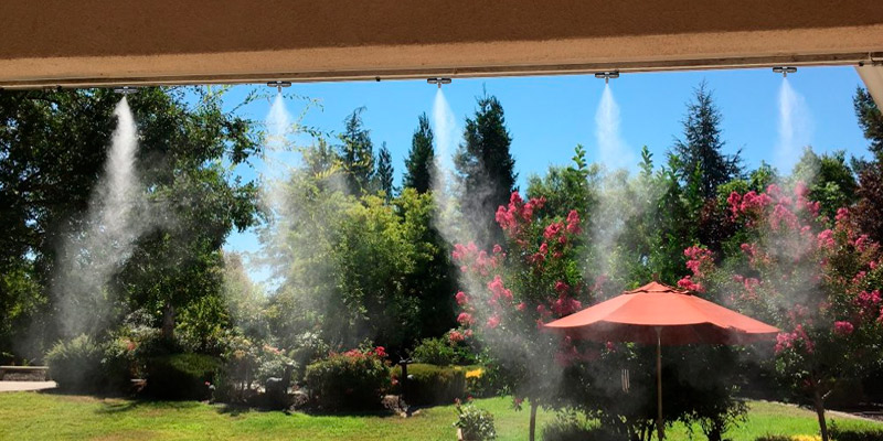 Bangder 33Ft, 10 Brass Mist Nozzles Misting System in the use