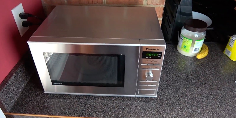 Review of Panasonic NN-SD372S Countertop Microwave with Inverter Technology