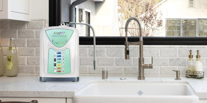 IntelGadgets IT-580 Alkaline Water Ionizer Machine in the use