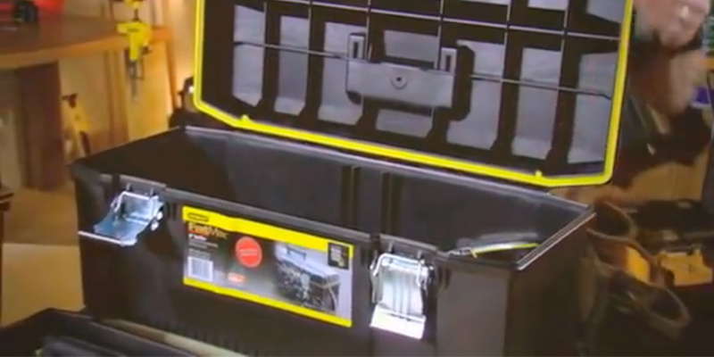 Review of Stanley 028001L Structural Foam Toolbox