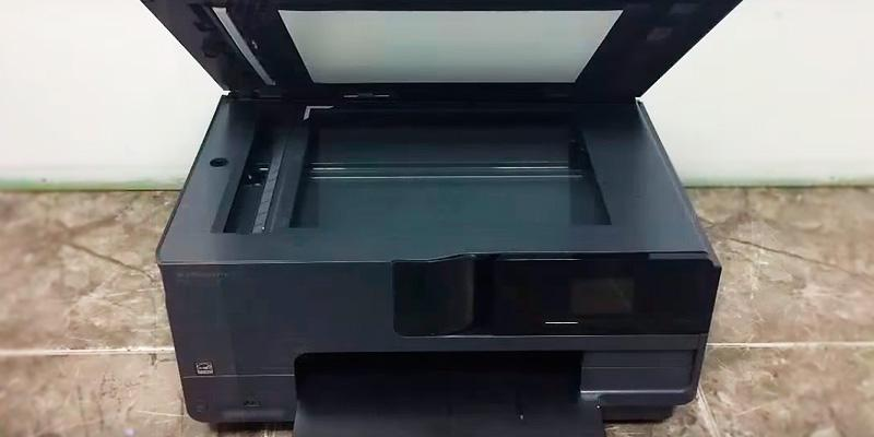 HP OfficeJet Pro 8710 All-in-One Printer in the use
