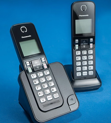 Review of Panasonic KX-TGC352B Expandable Cordless Phone with Amber Backlit Display