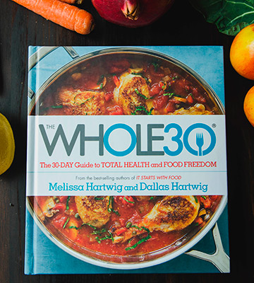 Review of The Whole 30: Paperback The official 30-day FULL-COLOUR guide to total health and food freedom