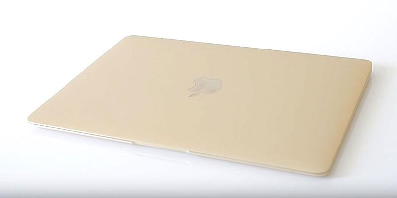 Apple MacBook (MLHE2LL/A) Laptop with Retina Display, Gold, 256 GB in the use