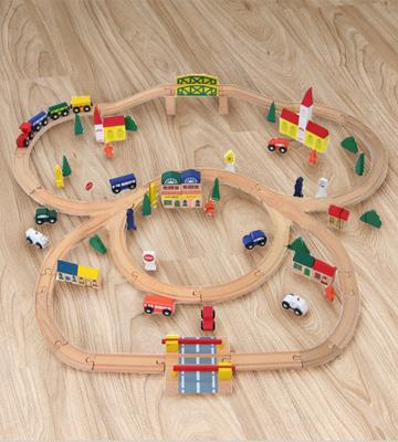 Review of Orbrium Toys Triple-Loop Wooden Train Set
