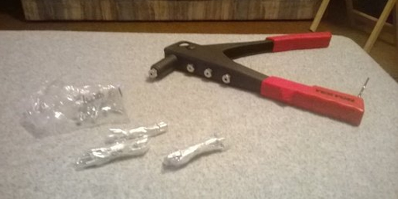 Review of Tekton Rivet Gun (6555) with 40-Piece Rivets
