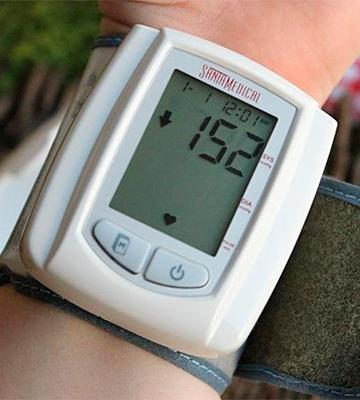 Review of Santamedical BW-210 Wrist Digital Blood pressure Monitor with Case