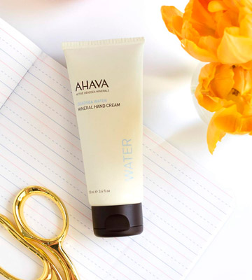 Review of AHAVA Dead Sea Mineral Hand Cream