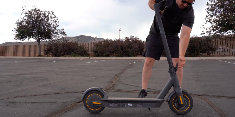 Review of Segway Ninebot MAX Electric Kick Scooter