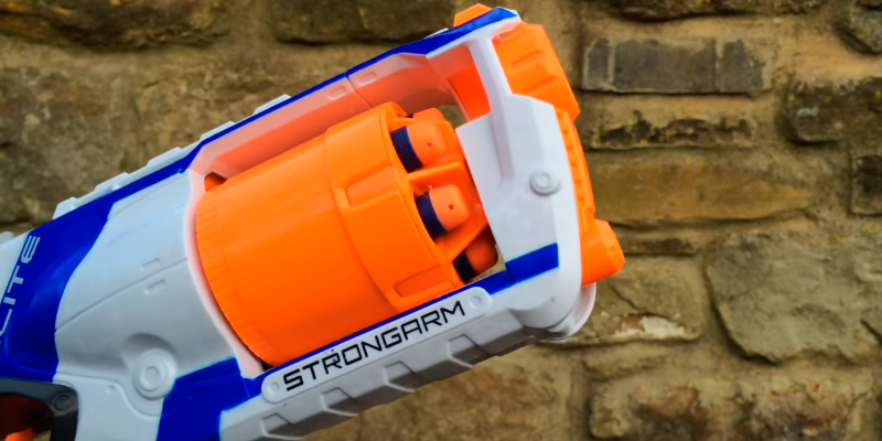 Review of Nerf 36033F01 Official N-Strike Elite Strongarm Blaster