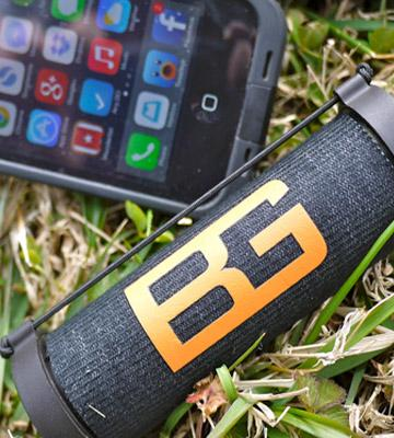 Review of Bushnell Bear Grylls SolarWrap Charger