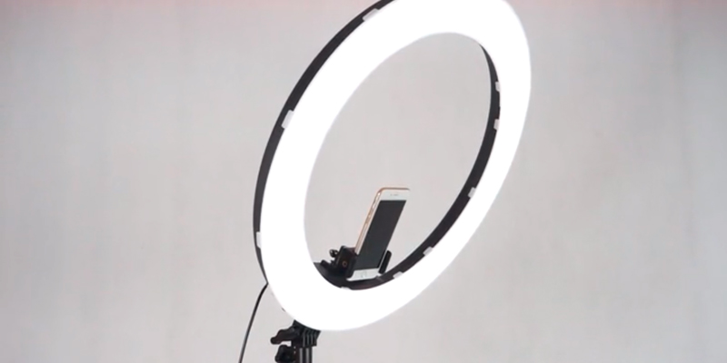 Review of FOSITAN HS-18-5000K-D 18 inches LED Ring Light Kit