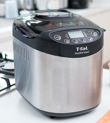 Review of T-fal PF311E ActiBread Bread Maker with LCD Display