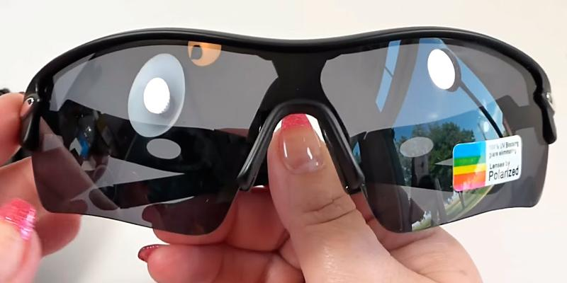 Review of Poshei P03 Polarized Sports Sunglasses for Golf & Outdoor Activities