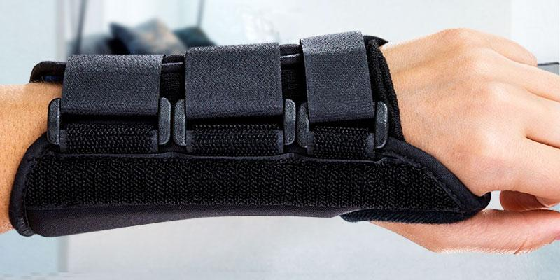 Review of DonJoy Wrist Support Brace