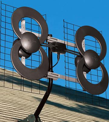 Review of ClearStream 4 Indoor/Outdoor HDTV Antenna with Mount