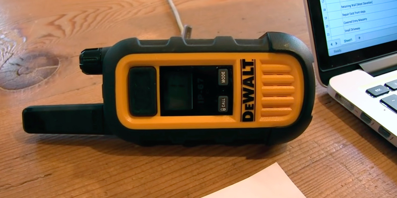 DEWALT DXFRS300 Walkie Talkies in the use