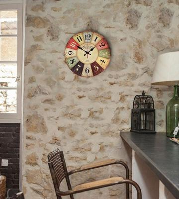 Review of NALAKUVARA Vintage Colorful Wood Wall Clock