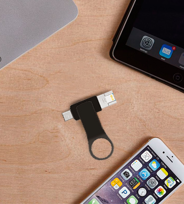 Review of Tankeo Flash Drive for iPhone and iPad
