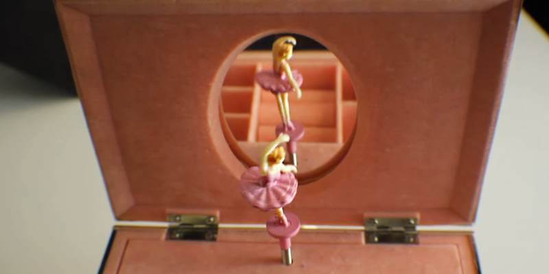 Review of Lenox 6205231 Childhood Memories Ballerina Jewelry Box
