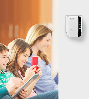 Review of Maketheone CNE0241120 Wireless WiFi Repeater