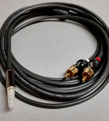 Review of Mediabridge MPC-35-2XRCA-6 3.5mm Male to 2-Male RCA Adapter