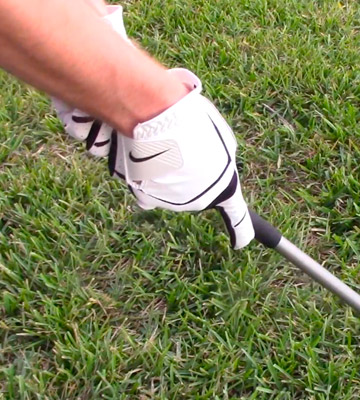 Review of Nike GG0481 Dura Feel Golf Glove