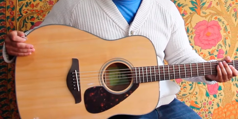 Review of Yamaha FG800 Acoustic Guitar
