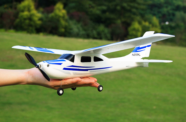 Best RC Airplanes to Get You Into the Sky
