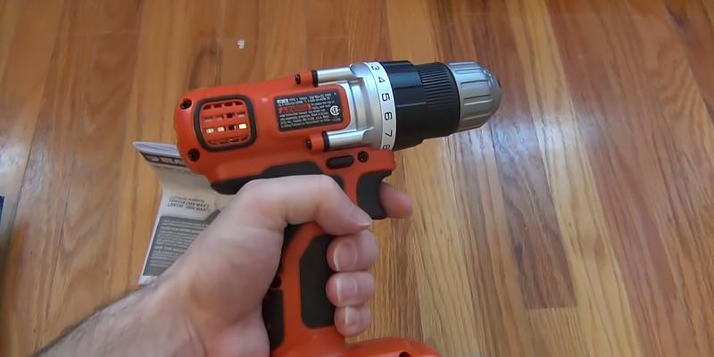 Black & Decker LDX120C Lithium-Ion Cordless Drill/Driver in the use