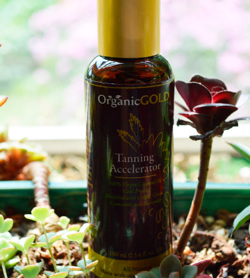 Review of OrganicGOLD Tanning Accelerator Virgin Coconut Oil for Tanning
