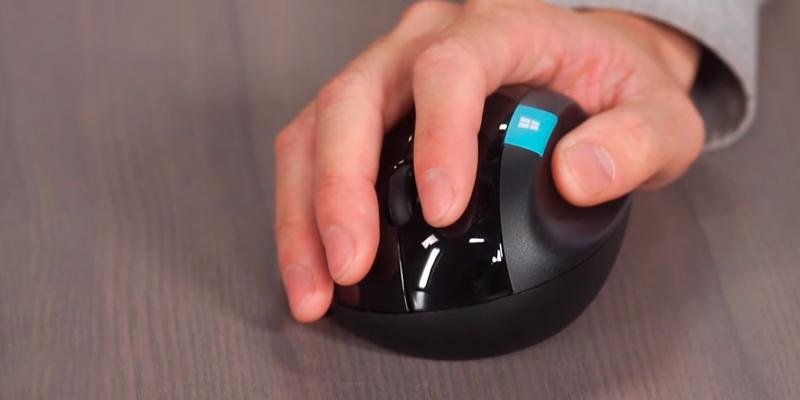 how to connect microsoft sculpt bluetooth mouse