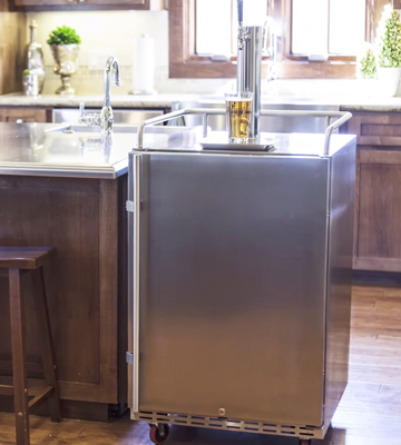 Review of EdgeStar KC7000SSTWIN Full Size Dual Tap Tower Kegerator