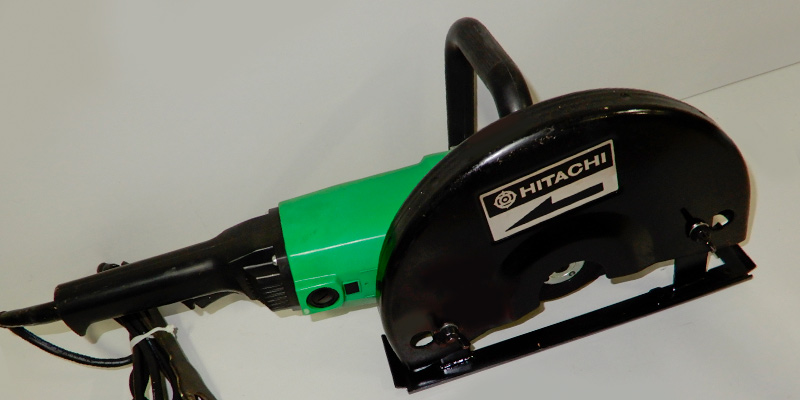 Hitachi CC12Y Handheld Cut-Off Saw in the use