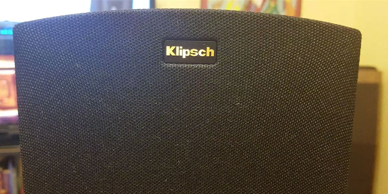 Klipsch R-15M Bookshelf Speaker in the use