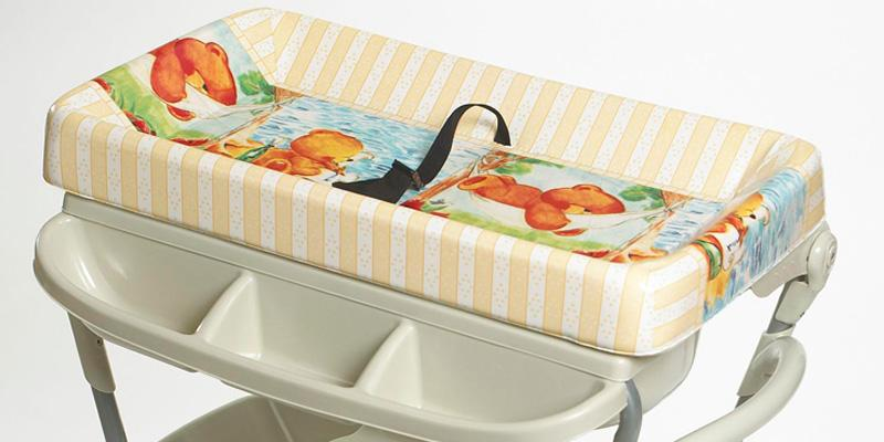 Primo Portable Changing Table and Bath in the use