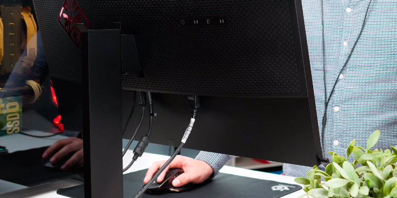 "HP OMEN 27 27"" QHD NVIDIA G-SYNC Gaming Monitor (165Hz, 1ms) in the use"