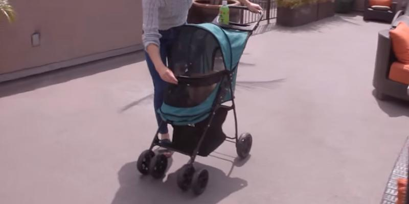 Pet Gear Happy Trails No Zip Pet Stroller in the use