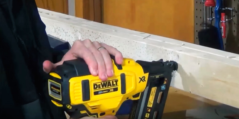 DEWALT DCN660B Finish Nailer in the use