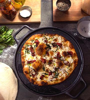 Review of Home-Complete 14 Inch Iron Pizza Pan