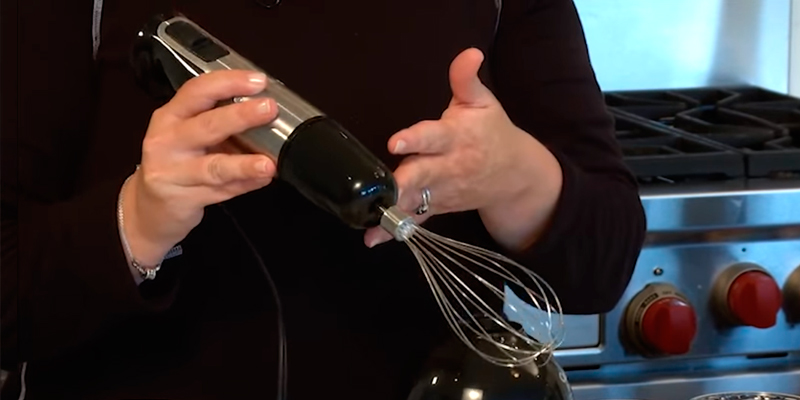 Cuisinart CSB-79 Smart Stick Hand Blender application