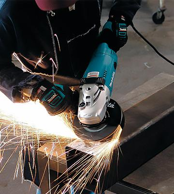 Review of Makita GA7021 Angle Grinder